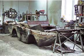 В реставрационной мастерской музея– редкая унас ленд-лизовская амфибия Ford GPA (1942 г.) (4цил., 2,2л, 54 л. с., 80км/ч, на плаву – 8 км/ч).