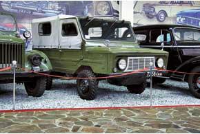 Первый в СССР переднеприводный автомобиль (4х2) ЛуАЗ-969 В (1967 г.) – предтеча полноприводных «Волынянок»
