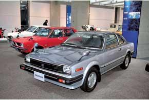 Первый Prelude мог комплектоваться 2-ступенчатой АКП. Гибкость характеристик 1,6- и 1,8-литровых моторов поразительна.