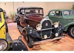 Hotchkiss 411 c 2,0-литровым 50-сильным двигателем был предназначен для широкого круга покупателей.