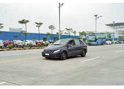 На полигоне компании BYD мы сфотографировали ходовой прототип перспективного электромобиля BYD.