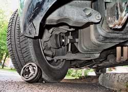 Экономя на замене лопнувшего пыльника ШРУСа, придется выложить кругленькую сумму за «съеденный» пылью ШРУС.