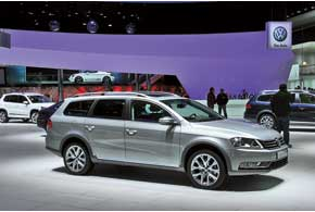 VW Passat Alltrack – альтернативная  версия Audi Allroad quattro.