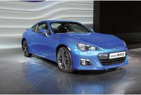 Subaru BRZ оснащен новым 2,0-литровым атмосферным мотором мощностью 200 сил.