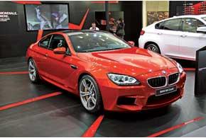 BMW M6 Coupe, помимо собственного обвеса, получила 560-сильный V8.