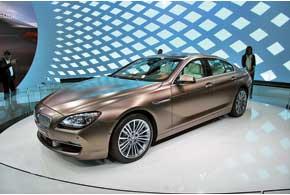 Главная премьера BMW– долгожданный спортседан GranCoupe, который составит конкуренцию Mercedes-Benz CLS и Maserati Qattroporte.