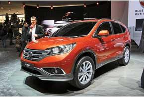 Выпуск Honda CR-V начнется в середине года, а его серийная версия дебютирует осенью на автошоу в Париже.