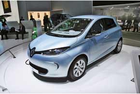 Renault ZOE оснащен электромотором мощностью 65 кВт и имеет запас хода до 210 км.