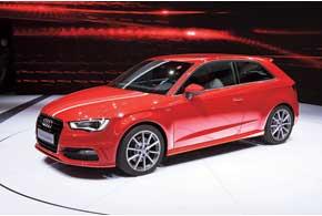 Audi TT RS plus, получивший 5-цилиндровый 360-сильный двигатель TFSI, способен развивать скорость до 280 км/ч.
