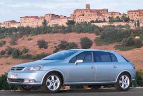 Opel Signum (2002–2008)