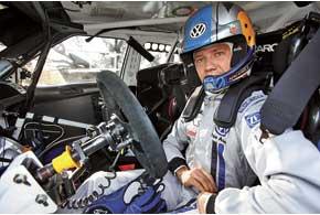 Из-за высокогорных условий «атмосферная» Skoda Fabia Себастьяна Ожье поскорости существенно проигрывала турбированным ралли-карам, но благодаря безошибочному пилотажу гонщик финишировал восьмым вабсолютном зачете.
