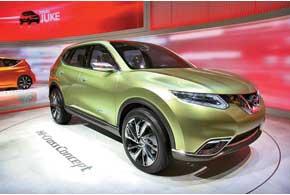Nissan Hi-Cross Concept оснащен полным приводом, 2,0-литровым бензиновым ДВС, вспомогательным электромотором ибесступенчатым вариатором CVT.