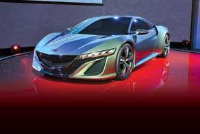 Honda NSX Concept оснащен гибридным силовым агрегатом с бензиновым V6, роботизированной КП и полным приводом.