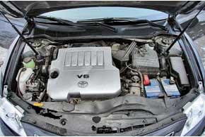 Наибольшее распространение вУкраине получили авто с более скромным мотором 2,4 л. Что касается трансмиссий, здесь превалируют версии с АКП.
