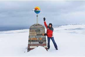 Погода на Нордкапе меняется очень быстро. Всолнечный безветренный день занесколько минут может разыграться снежная буря снулевой видимостью.