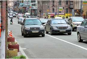 Водитель Subaru не помешал проезду транспорта, поэтому работники ГАИ  ограничились разъяснительной работой ипредупреждением.