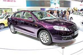 Серийный Chery New Eastar оборудован бензиновыми моторами объемом 1,8 и2,0литра, «механикой» или вариатором.