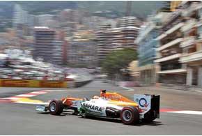 Один из героев гонки – Пол ди Реста, проигравший только топ-пилотам, причем стартовал Пол 14-м.