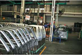 Автомобильный завод Lifan Motors