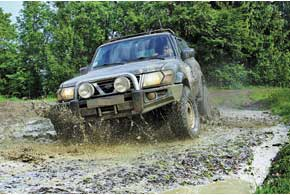 По грунтовым дорогам районного значения местами можно проехать только на специально подготовленных внедорожниках.