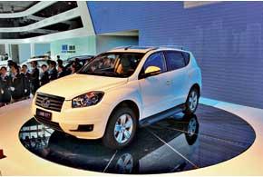 Первый в истории Geely компактный внедорожник GX7 дебютировал на автосалоне в Пекине.