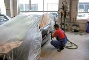 Ремонт на дилерской СТО в значительной мере гарантирует, чтомашину восстановят по заводской технологии.