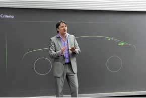 Шеф-дизайнер SkodaЙозеф Кабан участвовал в создании Bugatti Veyron, концептуальных и серийных Audi.