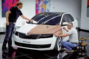 Только полноразмерный макет в масштабе 1:1 дает возможность понять, как будет выглядеть авто в реальности. Корректировка ифинишная  доводка, как правило, производятся вручную.