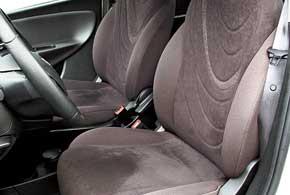 Кресло водителя – с регулировкой высоты, пассажирское можно оснастить ею задоплату в 72 евро.