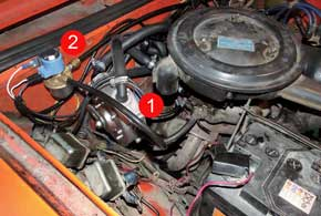 Редуктор (1) должен стоять вертикально и продольно по отношению к продольной оси автомобиля. Иначе при торможениях,разгонах и на ухабах он будет работать некорректно из-за прогибаний диафрагмы. Газовый клапан (2) должен иметь хороший доступ для замены его фильтра.