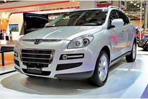 Тайваньский премиум-бренд Luxgen привез в Москву всю линейку моделей, в том числе Luxgen 7 SUV.