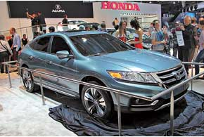 Honda Crosstour Concept – прообраз нового поколения стильного кроссовера.