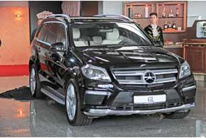 Главной сенсацией «Столичного Автошоу» стал европейский дебют нового поколения внедорожника Mercedes-Benz GL.