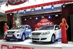 На стенде Chery было несколько премьер, в том числе новой версии кроссовера Tiggo с вариатором и нового седана NewEastar.