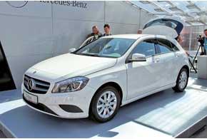 Третье поколение Mercedes-Benz A-Klasse начнет продаваться внашей стране по цене от 24700 евро.