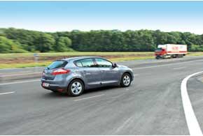Благодаря хорошей аэродинамике ишумоизоляции даже на высоких скоростях всалоне тихо.