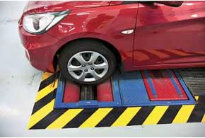 Эффективность работы тормозной системы – безопасность. В случае с Accent рабочая и стояночная тормозные системы припробеге почти в 30 тысяч км работают безукоризненно.