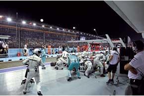 В финале квалификации Шумахер не проехал никруга – берег резину. А зря – не пригодилась.