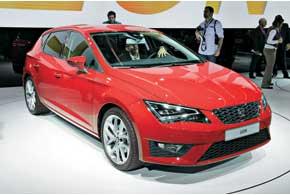 Seat Leon нового поколения получит мощные иэкономичные моторы TDI и TSI объемом от 1,2 до 2,0 литра, которые будут комплектоваться 5-и 6-ступенчатой «механикой» или обновленными 6- и 7-скоростными «роботами» DSG.