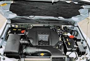 В бензиновом моторе 3,5 л и турбодизеле 3,2 л отмечены проблемы с топливными насосами. Наиболее надежен агрегат 3,0 л.