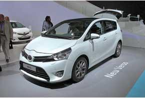 Компактвен Toyota Verso усилит позиции семейства Auris нового поколения. Помимо яркой внешности, в арсенале новинки 5 современных бензиновых и дизельных моторов.