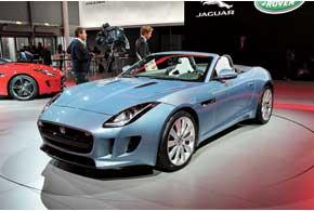 Jaguar F-type будет доступен с бензиновыми моторами V6 мощностью 340 и 380 сил, а также 495-сильным V8.