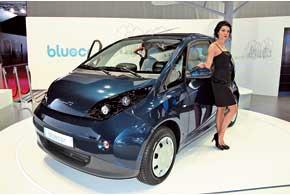 Bollore Bluecar оборудован 35-киловаттным электродвигателем, который кратковременно может выдавать до 50 кВт.