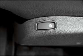 Для модификации Stepway подогрев передних сидений является базовым оборудованием.