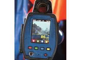 «TruCam» четко определяет автомобиль, превысивший скорость: он помечен красной меткой лазера.