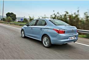 В Украине C-Elysee будет предлагаться в одной из трех комплектаций, с одним изтрех моторов ианалогичным количеством трансмиссий.