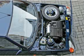 В теории можно соединить таврийский силовой агрегат с АКП от Daewoo Lanos через переходную плиту или установить мотор Lanos с «автоматом» в сборе (КП + двигатель).