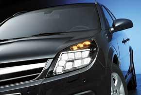 Блочная конструкция светодиодных фар позволяет на разных скоростях освещать наиболее востребованные зоны перед автомобилем.