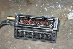 Некоторые форсунки оснащены лепестковыми клапанами, которые больше других боятся газового конденсата вхолода.