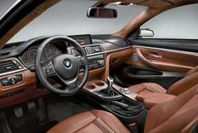 Классическая фишка всех моделей BMW– развернутая к водителю центральная консоль.